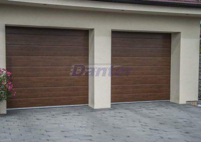 Sekcionálna garážová brána 2